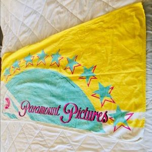 Disney Bath - Paramount Pictures Vintage Beach Towel
